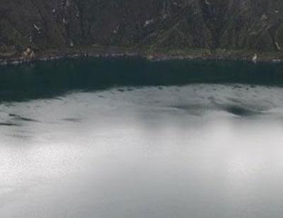 El Quilotoa es una caldera de agua con un diámetro de 3 kilómetros que surgió del colapso del volcán homónimo