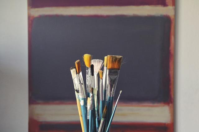 En su Teoría de los colores, Mercedes Roffé eleva La fábula de Aracne de Velázquez en una unión simbiótica entre pintura y poesía