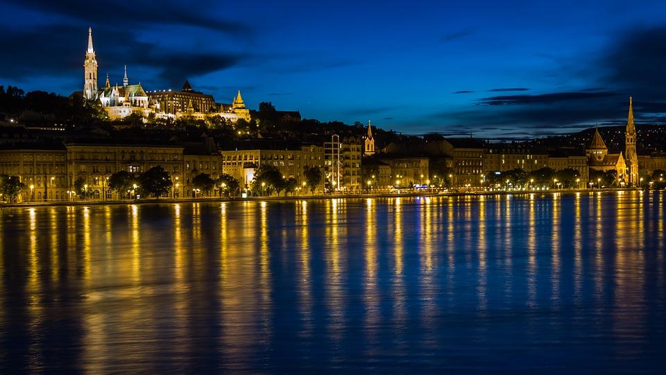 El río Danubio nace en Alemania y atraviesa el mayor número de países del mundo.