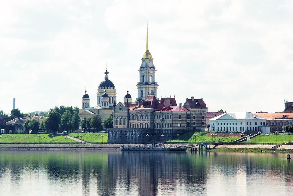 El Río Volga es el río más largo y caudaloso de Europa. Su importancia en la cultura y el folclore de toda Rusia es ancestral.