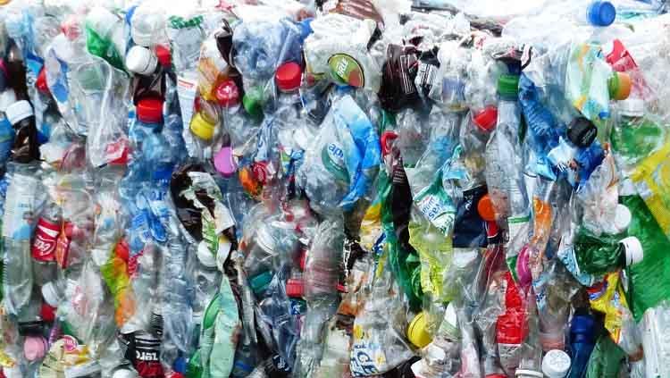 los envases de cristal en general son una mala opcin para el envasado de productos el peso la fragilidad la cantidad de energa empleada en su - Botellas Plastico