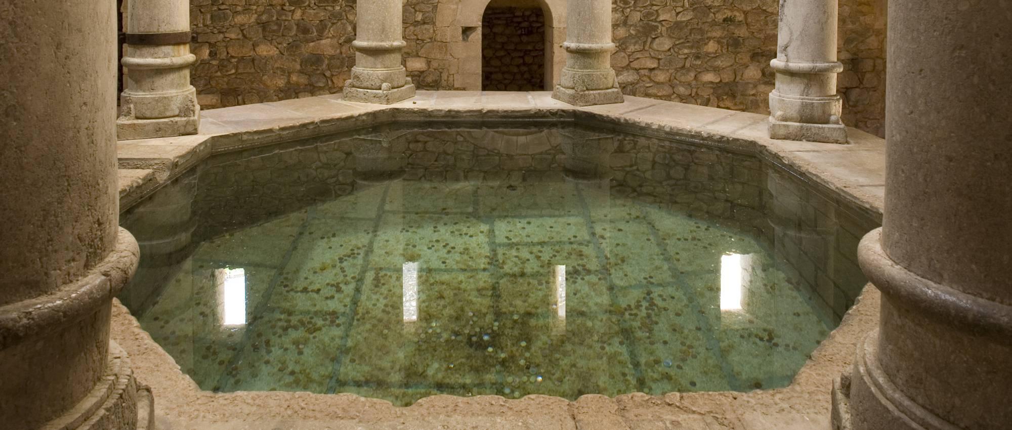 Conoce seis baños árabes públicos de España