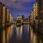 Hamburgo es una ciudad europea situada al norte de Alemania que cuenta con el mayor número de canales de agua en el mundo.