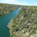El río San Francisco nace en la Serra da Canastra en Minas Gerais. Es conocido en Brasil como el río de la unidad nacional.