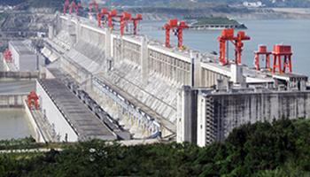 El río Yangtsé y la presa de las Tres Gargantas