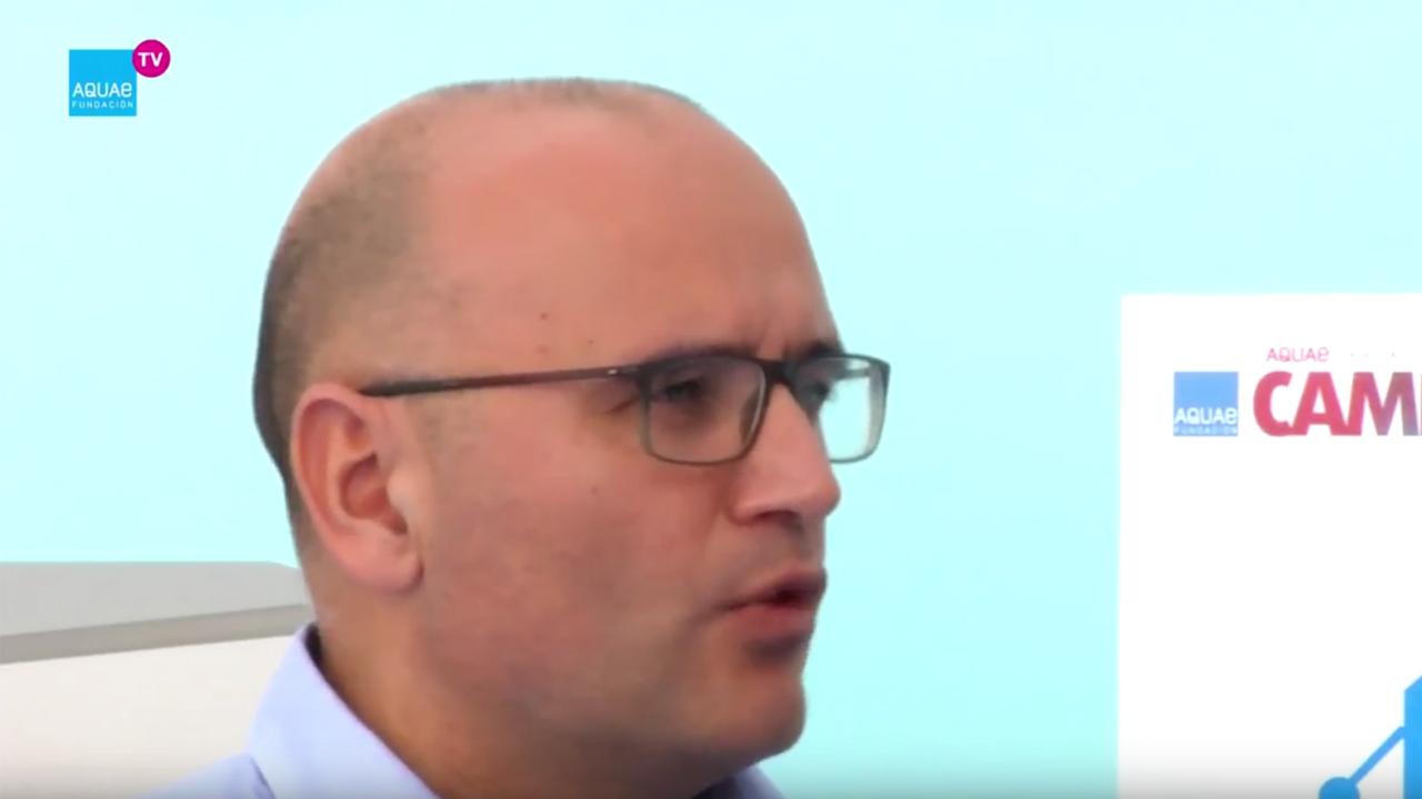 Manuel Cermerón habla en una entrevista sobre la innovación disruptiva, un término acuñado por el estadounidense Clayton M. Christensen