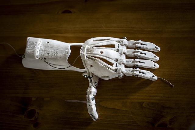 La nueva impresión 3D puede moldear plástico, metal, fibras de carbono, madera y comida. Esto posibilita un montón de aplicaciones.