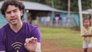 Desarrollado por Camilo Herrera, Linternet es un proyecto de innovación social que ilumina las comunidades más vulnerables de Colombia