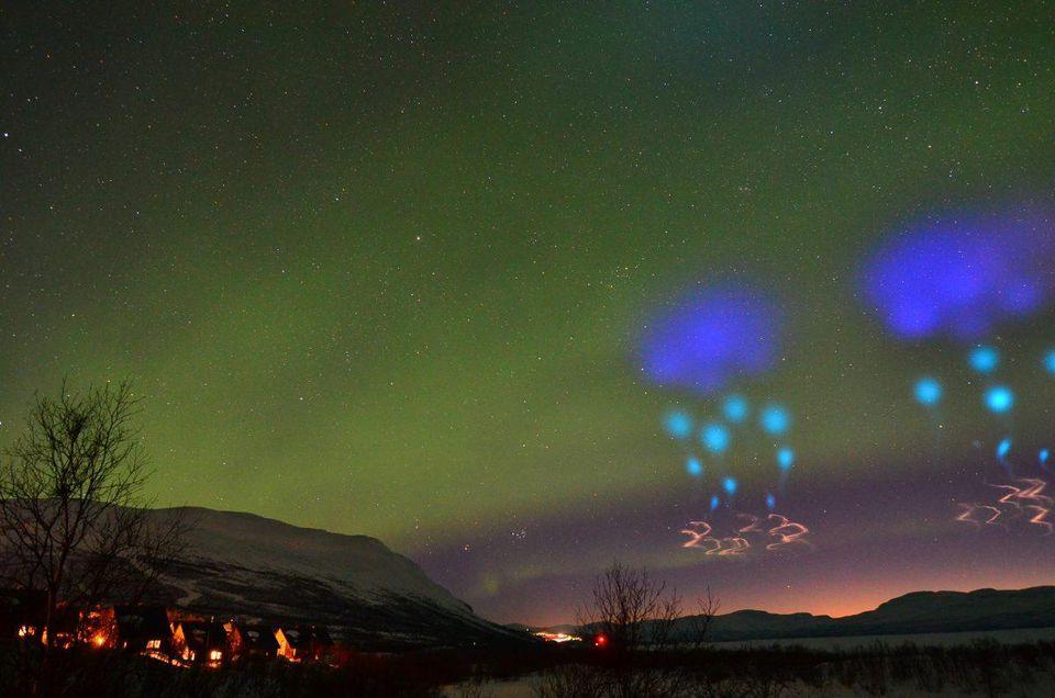 Las 'extrañas´ luces azules vistas sobre el círculo ártico