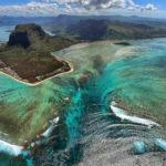 la catarata submarina de Isla Mauricio