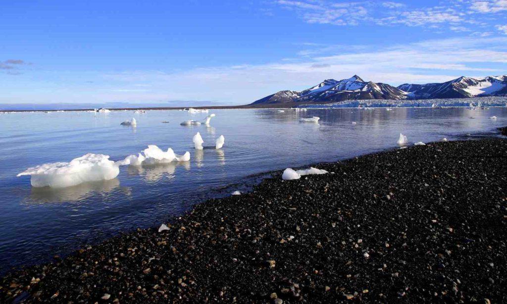 El hielo ártico podría desaparecer durante parte del año debido a la crisis climática