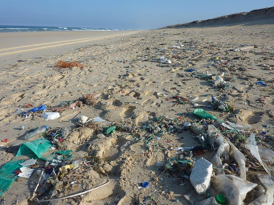 el mundo ha cambiado: isla de plástico