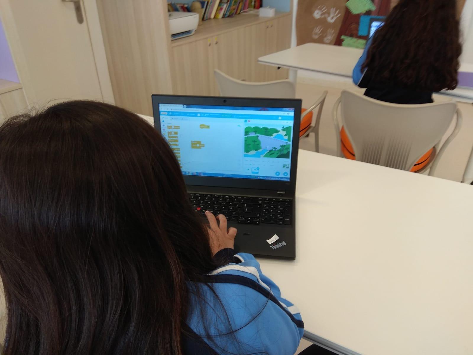 Aquae STEM, niñas en las TIC