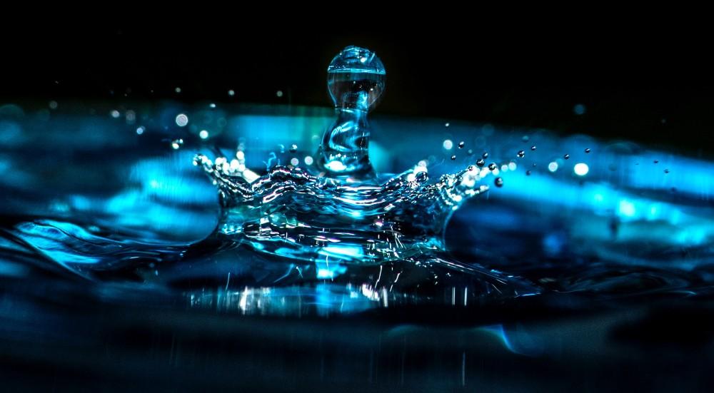 Qué es el agua? Tipos, composición y funciones - Fundación Aquae