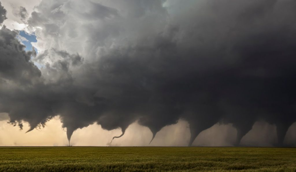 Conocer las condiciones necesarias para saber cómo se forma un tornado es fundamental para prevenirlos