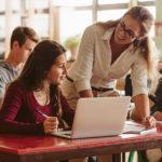 Es necesario potenciar la formación del profesorado dentro del sistema educativo en España