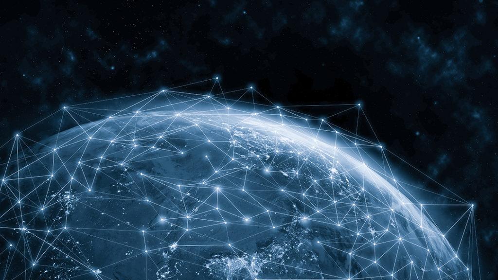 Fernando Tucho, profesor de la Universidad Rey Juan Carlos de Madrid, reflexiona sobre el impacto de la tecnología en el medio ambiente en plena era de la hiperconexión