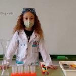 Las actividades STEM impulsan a las niñas a acercarse a las ciencias