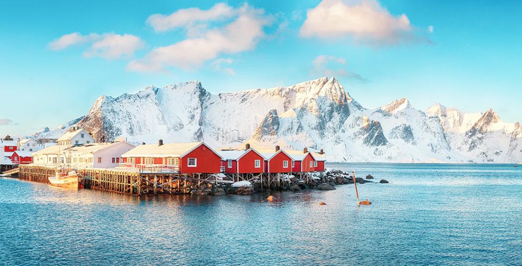 Noruega es un país ejemplo en lograr erradicar la pobreza gracias a su apuesta por la educaión, la salud y la sostenibilidad