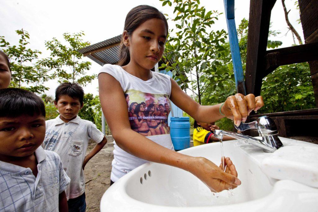 """Tras 7 años, Aquae y UNICEF cierran su proyecto """"Agua para la Amazonía Peruana"""" con el que ha logrado que 7.100 personas tengan acceso al agua segura por primera vez"""